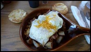 moi, je mange léger : œufs, patates, saucisses et muffins