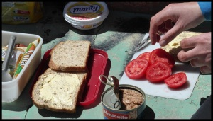 casse-croute. Tomate = attention, danger !!