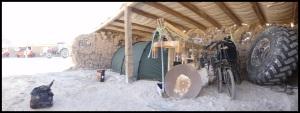Eboulement du mur au fond : 1er rou dans la tente. Il aura fallu une bonne pierre de 3 kg tombant d'1m50